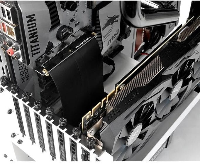 riser cable connecting motherboard