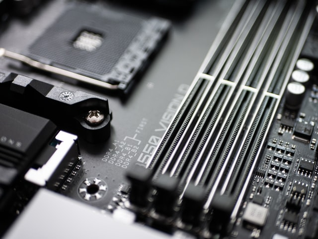 can a computer run without ram sticks